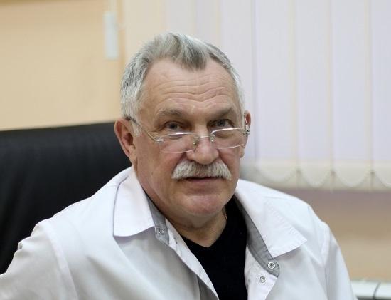 профессор, онколог, онколог-хирург Карев И.Д.