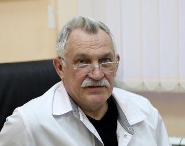 профессор Игорь Дмитриевич Карев